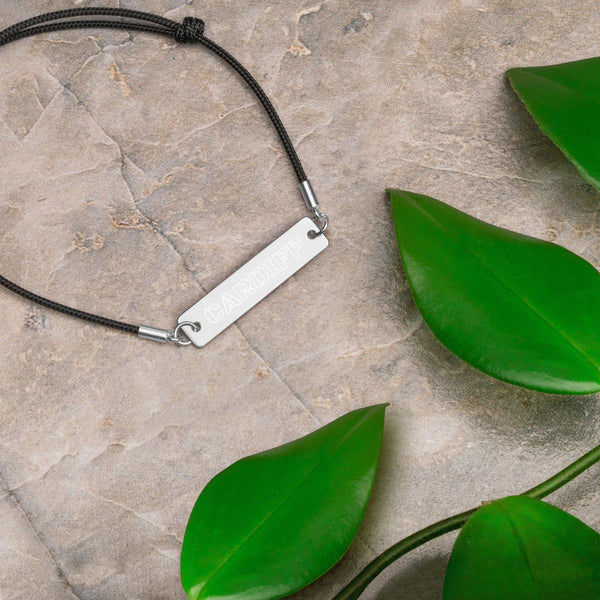 CARDIFF - Outline Engraved Silver Bar String Bracelet