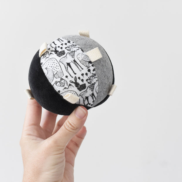 Taggy Ball with Rattle - Nordic 1