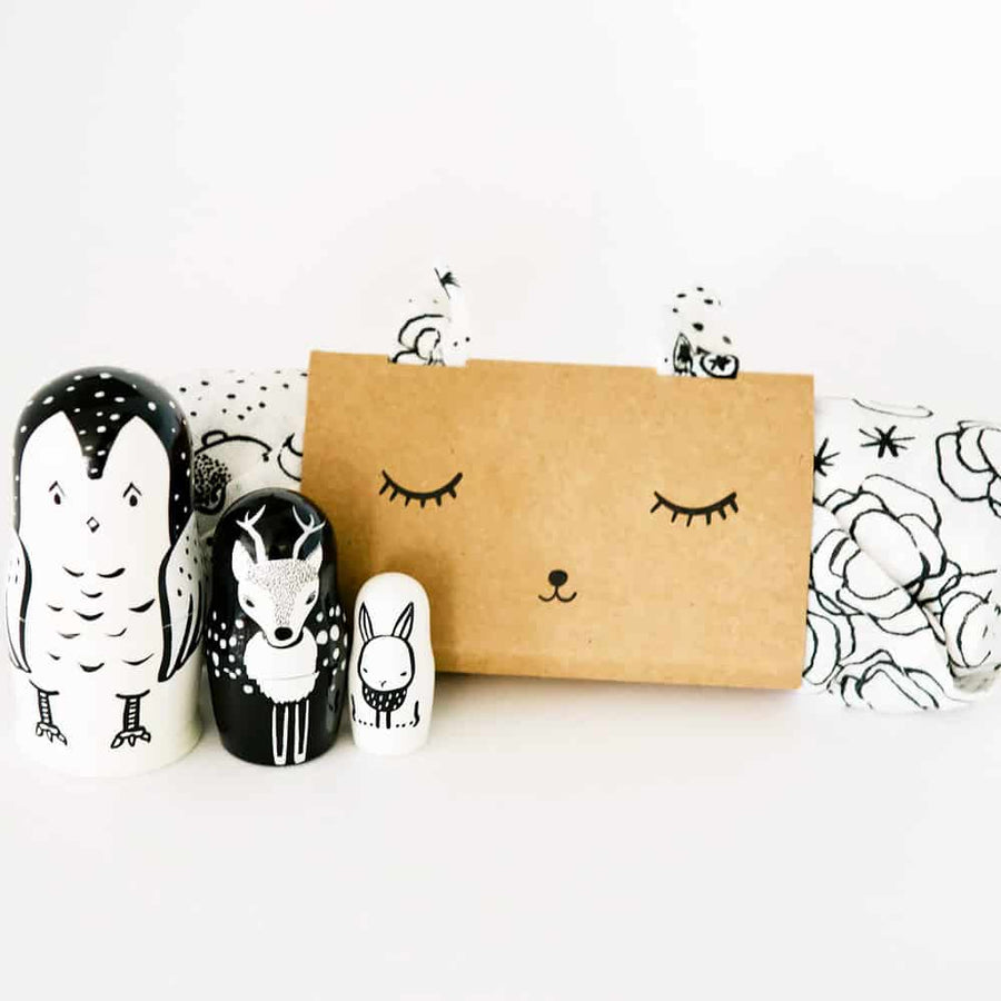 Organic Muslin Swaddle - Bunnies - Wee Gallery | High-Contrast Newborn & Baby Developmental Toys & Gifts