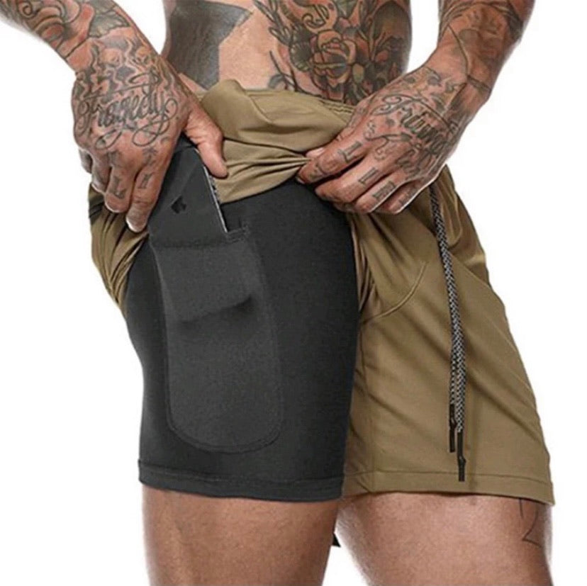 Men's athletic shorts with liner and phone pocket