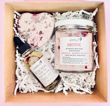 Load image into Gallery viewer, Love + Pamper Gift Set