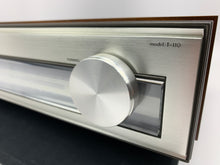 Load image into Gallery viewer, LUXMAN T-110 FM TUNER