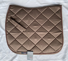 Load image into Gallery viewer, Bergamo Saddle Pad