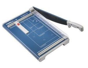 "Dahle 534 Professional Guillotine, 18"" cut length"