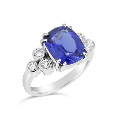 Tanzanite & Diamond Ring   WPR95
