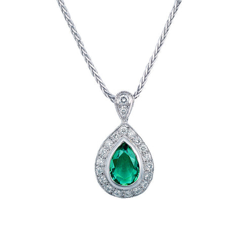 Pear shape emerald and diamond pendant   WPP20