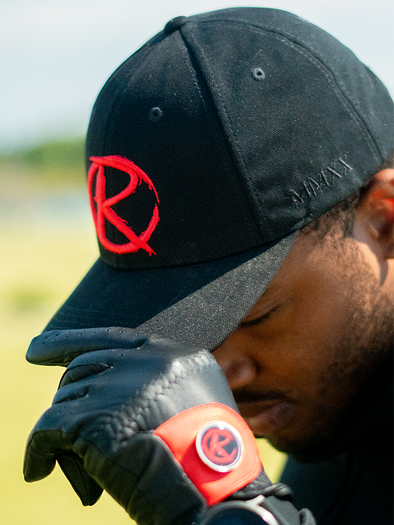 "The ""Icon"" Curved Brim Snapback - Black"