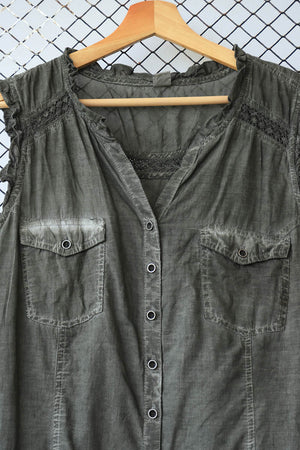 Die and Dye Sleeveless Stone Wash Look Blouse