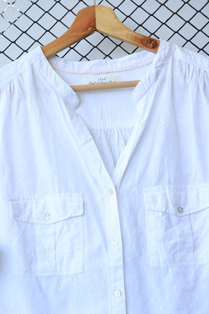 White Classic Sleeveless Summer Blouse