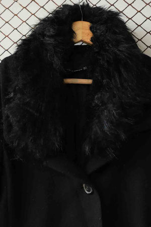 Black Fur Collar Wool Coat (Brand: Zara Woman)