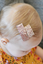 Load image into Gallery viewer, Mommy & Me Red Polka Clip Set