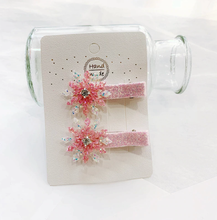 Load image into Gallery viewer, Snowflake Clips - Set of 2