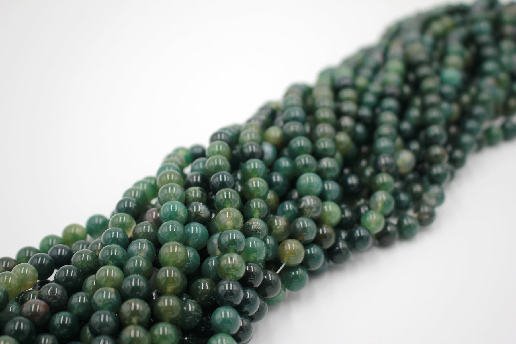 8mm moss agate, glossy, 1 strand, 16 inches, approx. 48 beads.