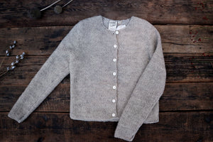 Open image in slideshow, Pearl knit ° ° cardigan