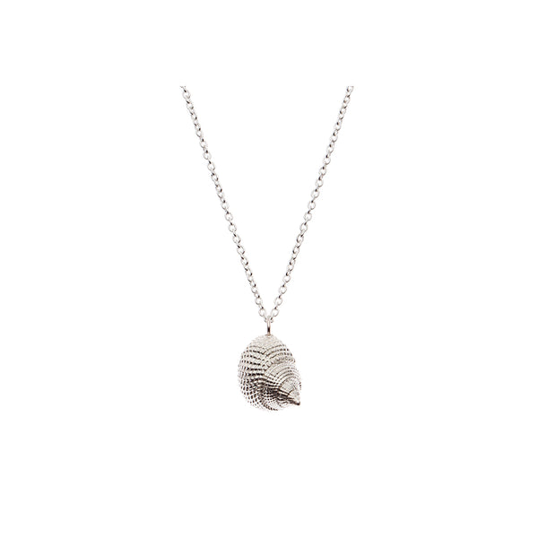 OCEANIA Whelk Necklace