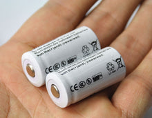 Load image into Gallery viewer, 4PCS 3.7V 2200mAh 16340 CR123A Rechargeable Li-ion Battery + 1PCS 2-slot Travel Battery Charger