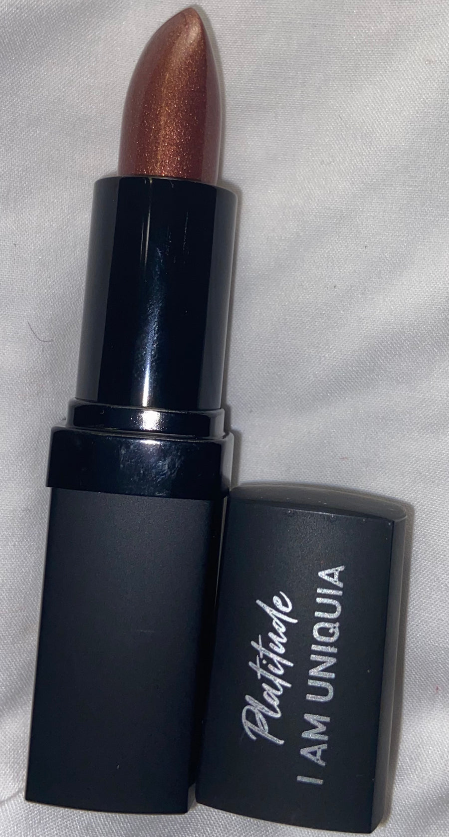 Eaux Luxurious Lipstick