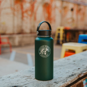 Hydro flask 32 oz. on table