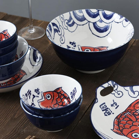 Red Tai 4.5-inch, 6-inch, and 8-inch bowls