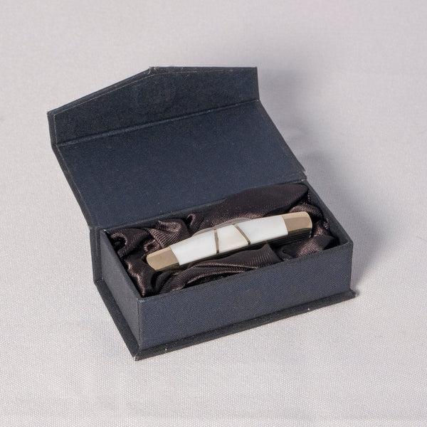 Knife - Tiny 4 Blade knife with Mother of Pearl and silver with Box