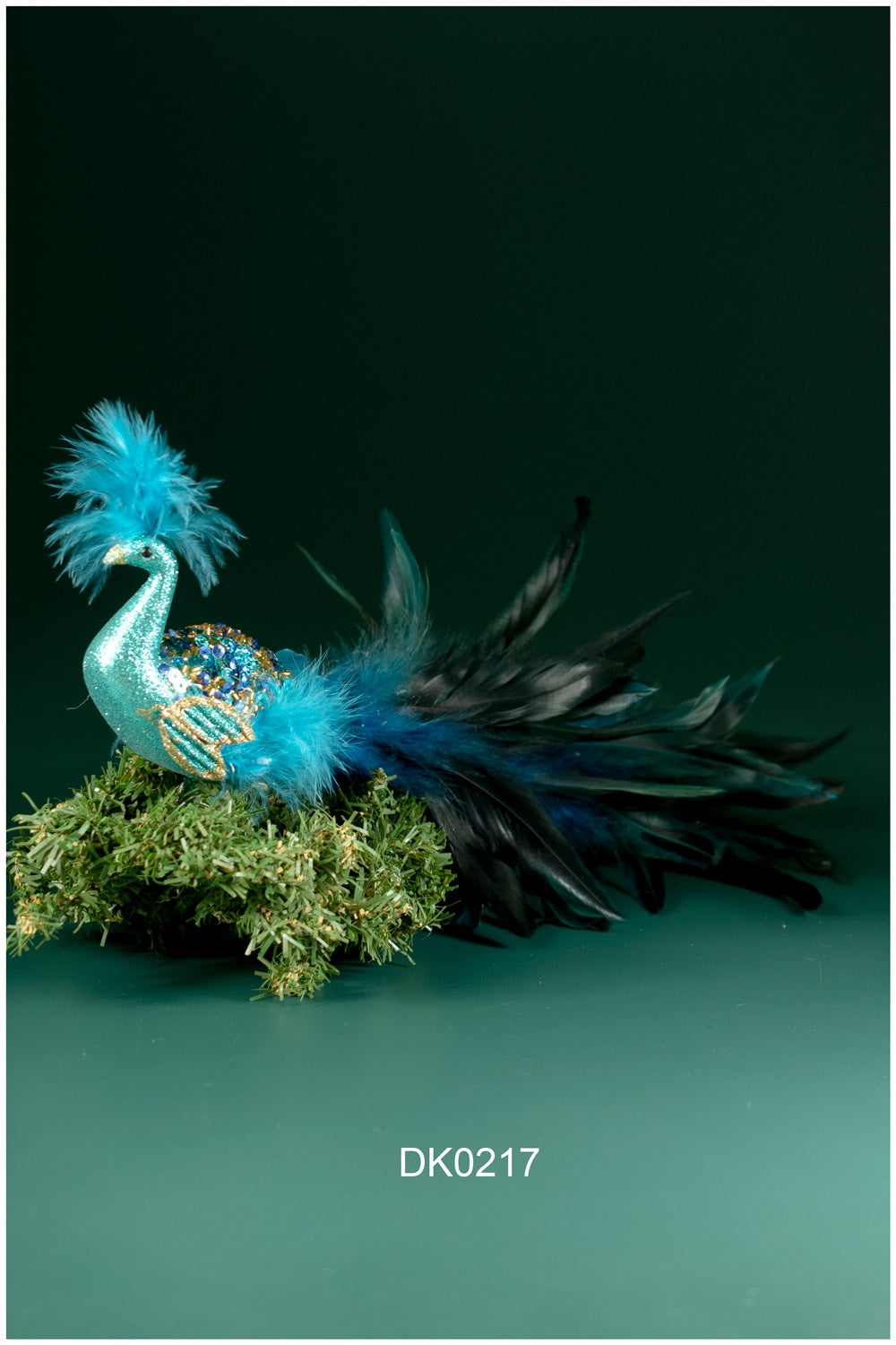 Peacock with Feather Tail Bird Clip