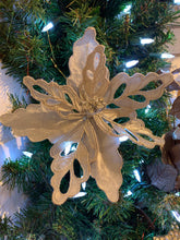 Load image into Gallery viewer, POINSETTIA HEAD 8inch SILVER VELVET W CUT OUT