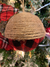 Load image into Gallery viewer, Buffalo Plaid Ball w Jute