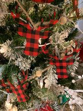 Load image into Gallery viewer, Buffalo PLAID DEER HEAD GARLAND