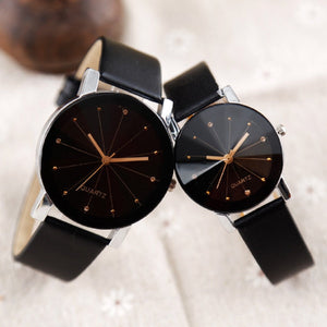 Trending Model Leather Black Strap Women Quartz Wrist Watches Round Dial Fashion Dial Time Men Dress Case Hour Lovers Watch Couple Watches