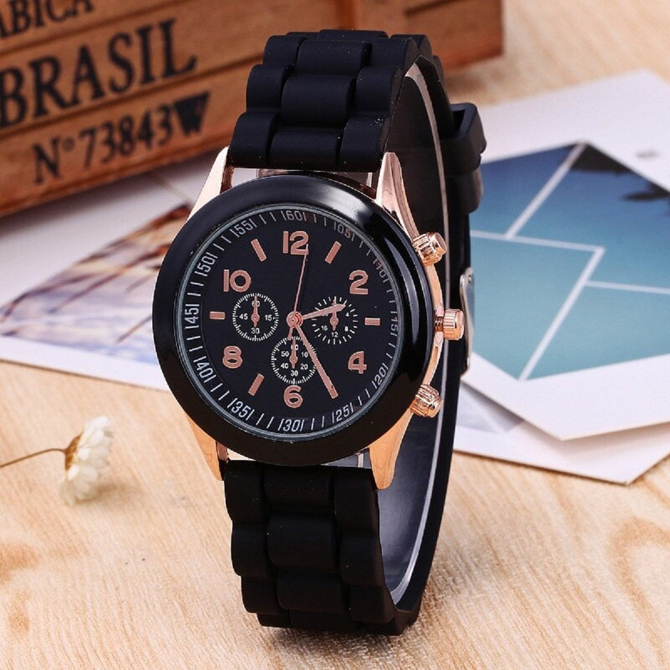 Trending Sale Black Round Dial  Silicone Watch Fashion Beautiful Colorful Jelly Student Clock Casual Luxury Woman Watch
