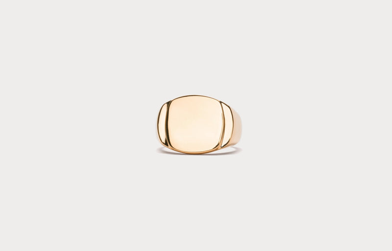 IX Cushion Polished Signet Ring Gold
