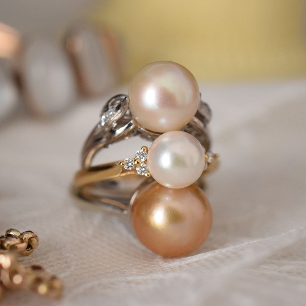 Elegant 9ct White Gold Champagne Cultured Pearl Ring