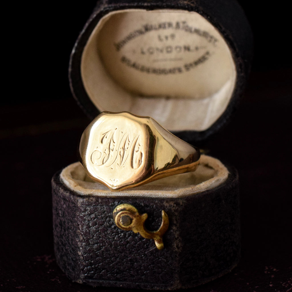 18ct Yellow Gold Antique Chester Shield Signet Ring Dated 1907
