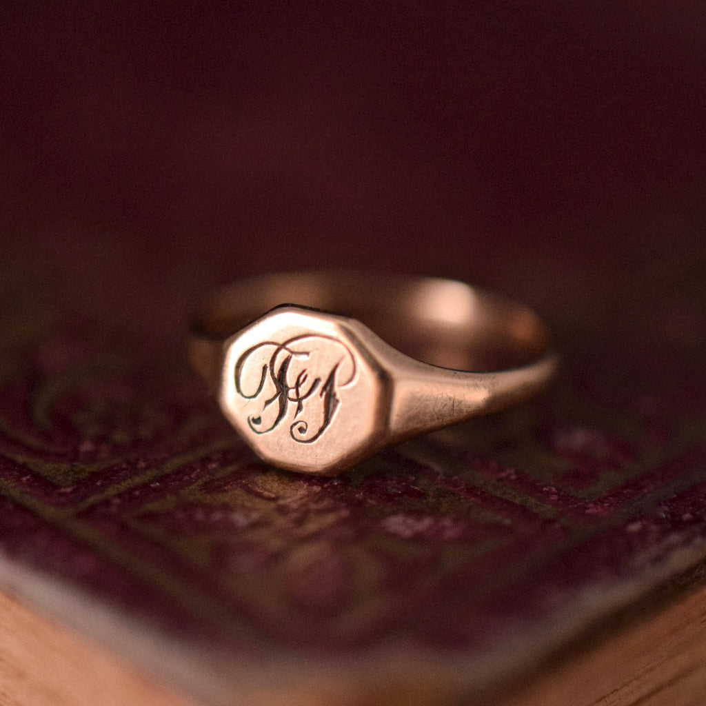 Charming Early Australian 9ct Rose Gold Signet Ring by 'Rodd Apex'
