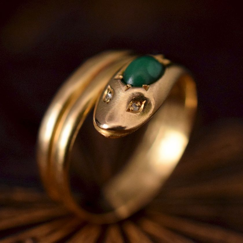 Antique 18ct Yellow Gold Malachite Rose-Cut Diamond Serpent Ring