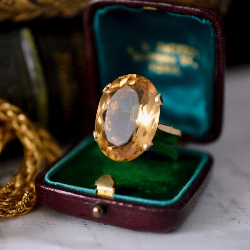 Magnificent Oval Faceted Citrine 9ct Gold Ring Dated England 1968