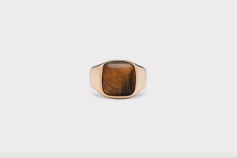 IX Cushion Signet Ring Tiger Eye Gold
