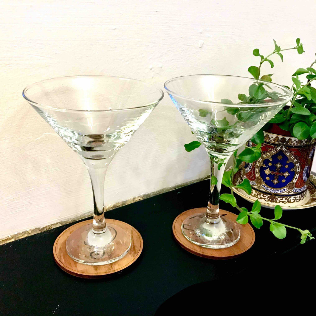 Pair of Martini Cocktail Glasses - Edinburgh Booze Delivery