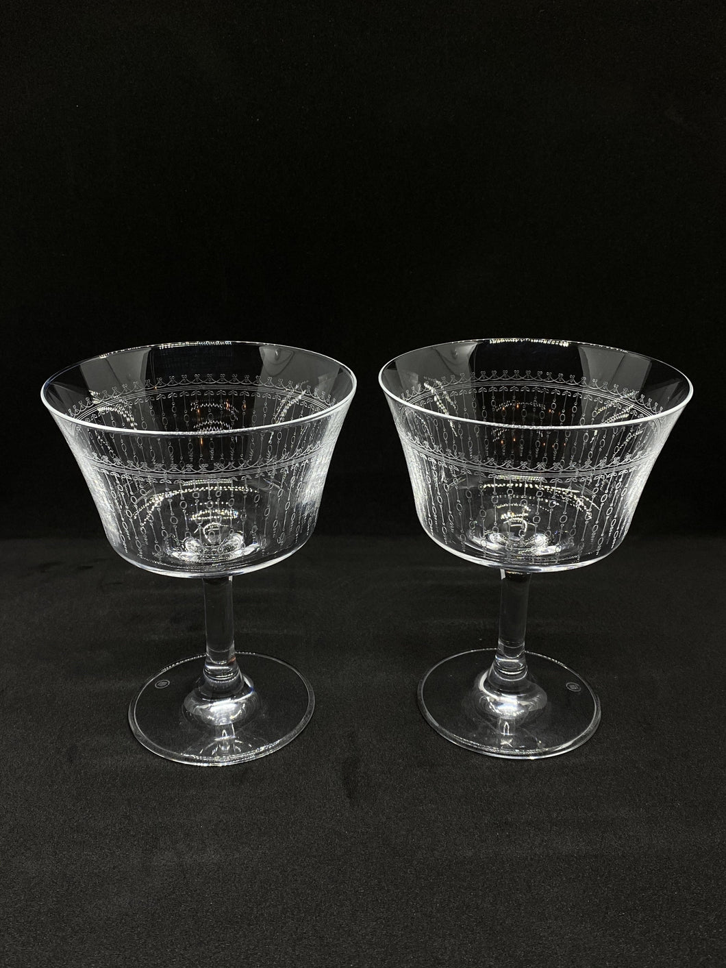 Pair of Vintage Style Cocktail Glasses (180ml size) - Edinburgh Booze Delivery