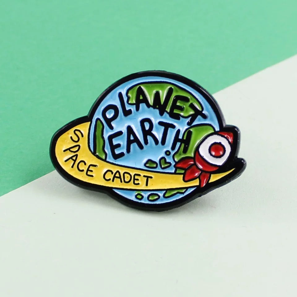 Pins Planet Earth