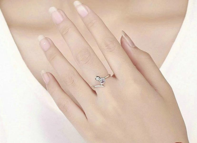 Silver Cat Adjustable Engagement Ring