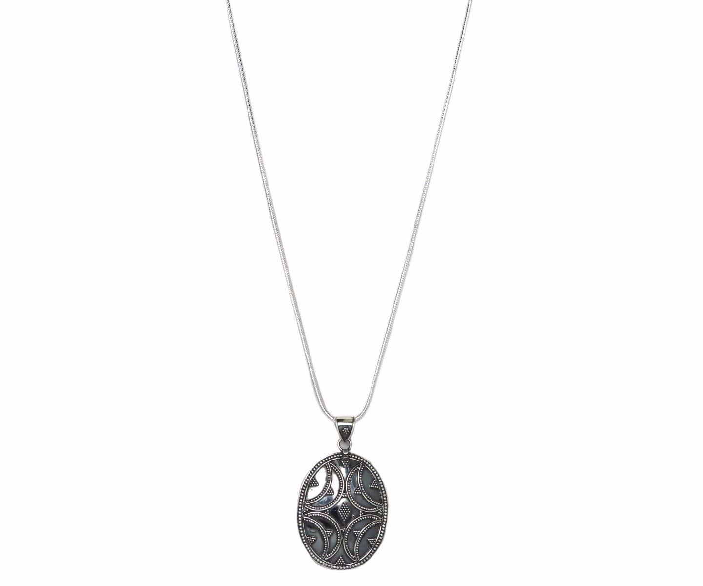 Solid Sterling Silver Tribal Detailed Pendant Necklace