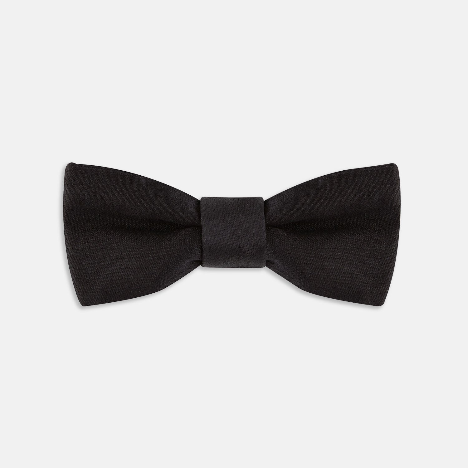 Black Batwing Satin Bow Tie