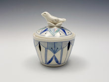 Load image into Gallery viewer, Lidded jar with sculpted bird
