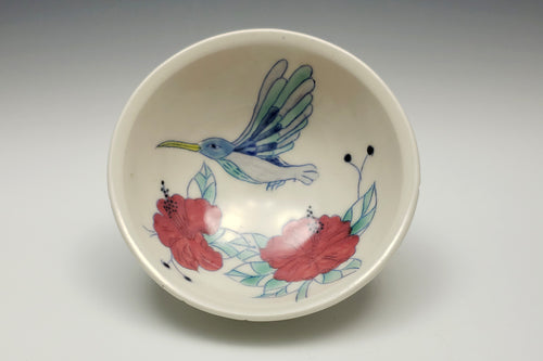 Personal sized bowl with hummingbird