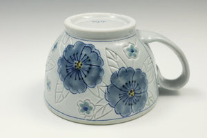 Wide mug with flowers 3