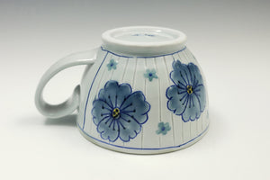Wide mug with flowers 4