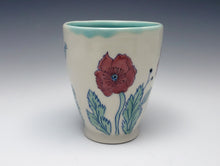 Load image into Gallery viewer, Mug with red poppies
