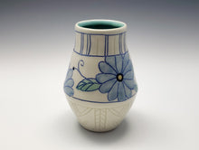 Load image into Gallery viewer, Vase with butterflies and blue flowers