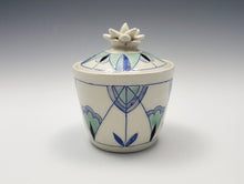 Load image into Gallery viewer, Lidded jar with sculpted succulent lid